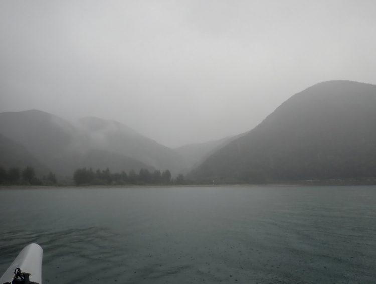 鬱蒼とした森もまた、加計呂麻島らしい風景である。